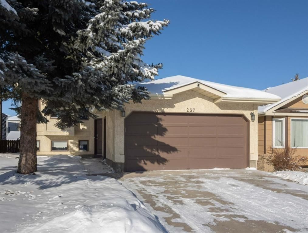 Main Photo: 237 Shawfield Road SW in Calgary: Shawnessy Detached for sale : MLS®# A1069121