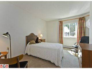 "Photo 7: 5 12943 16TH Avenue in Surrey: Crescent Bch Ocean Pk. Townhouse for sale in ""Ocean Park Village"" (South Surrey White Rock)  : MLS®# F1121397"