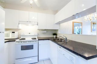 """Photo 13: 109 811 W 7TH Avenue in Vancouver: Fairview VW Townhouse for sale in """"WILLOW MEWS"""" (Vancouver West)  : MLS®# R2050721"""