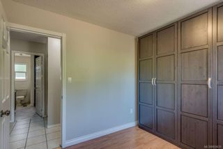 Photo 18: 973 Weaver Pl in Langford: La Walfred House for sale : MLS®# 850635