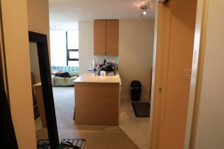 Photo 9: 1010 977 MAINLAND STREET in Vancouver: Yaletown Condo for sale (Vancouver West)  : MLS®# R2399694