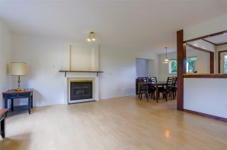 Photo 4: 14320 NORTH BLUFF Road: White Rock House for sale (South Surrey White Rock)  : MLS®# R2440472