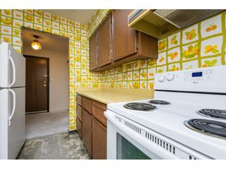 """Photo 12: 301 1410 BLACKWOOD Street: White Rock Condo for sale in """"Chelsea House"""" (South Surrey White Rock)  : MLS®# R2248736"""