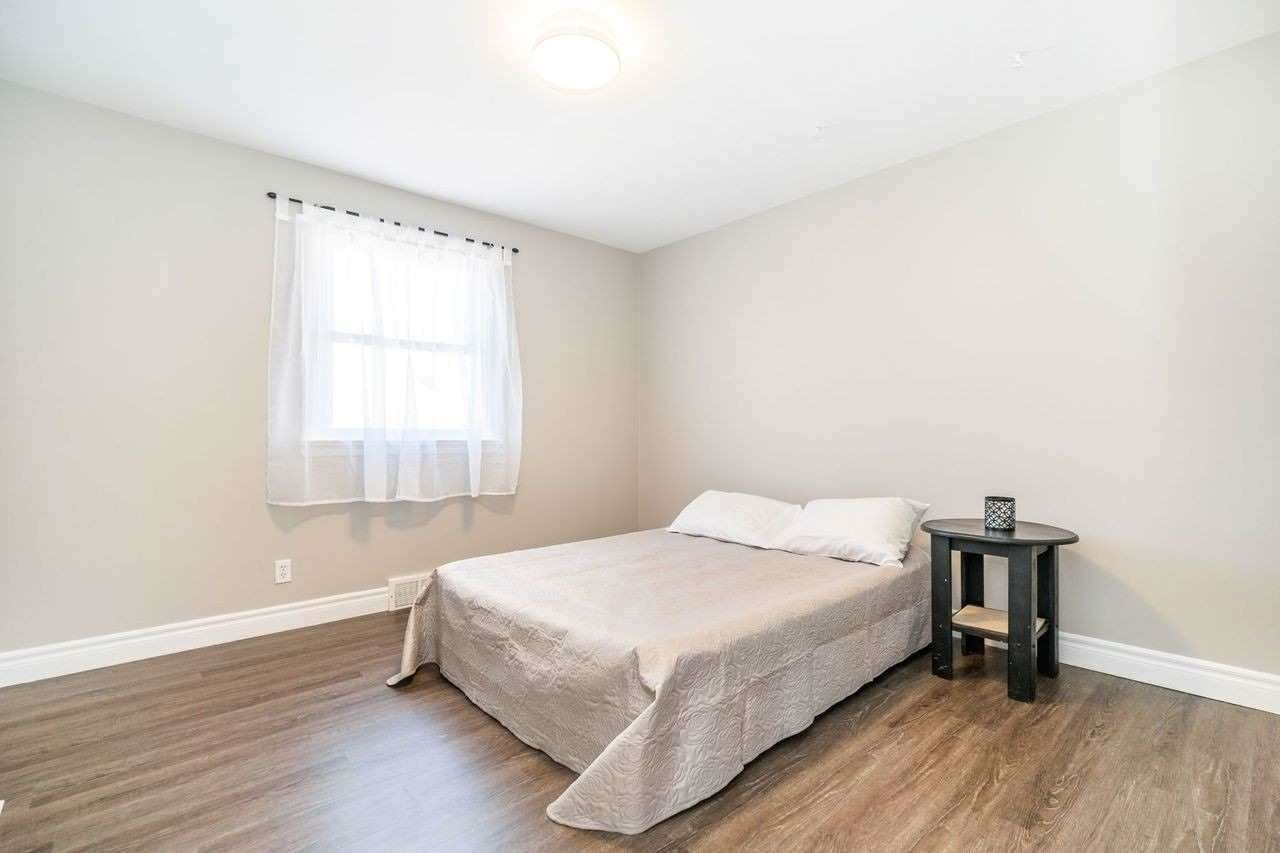 Photo 10: Photos: 26 East Lawn Street in Oshawa: Donevan House (Bungalow) for sale : MLS®# E4818284