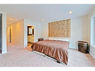 Photo 14: 6615 LETHBRIDGE Crescent SW in Calgary: Lakeview House for sale : MLS®# C4050221