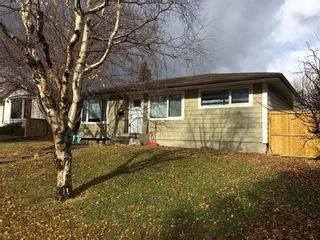 Photo 2: 82 FREDSON Drive SE in Calgary: Fairview Detached for sale : MLS®# C4272712