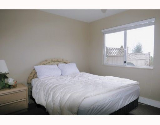 Photo 10: Photos: 429 BROMLEY Street in Coquitlam: Coquitlam East Condo for sale : MLS®# V802990