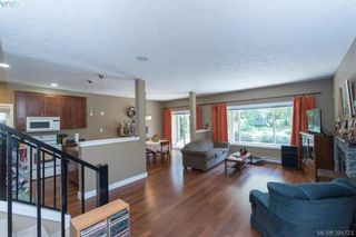 Photo 2: 2558 Selwyn Rd in VICTORIA: La Mill Hill House for sale (Langford)  : MLS®# 787378