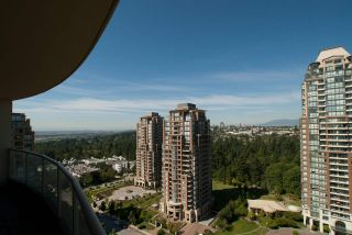 """Photo 20: 1901 6838 STATION HILL Drive in Burnaby: South Slope Condo for sale in """"BELGRAVIA"""" (Burnaby South)  : MLS®# R2285193"""