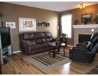 Photo 6: 231 COVEMEADOW Crescent NE in CALGARY: Coventry Hills Residential Attached for sale (Calgary)  : MLS®# C3387195