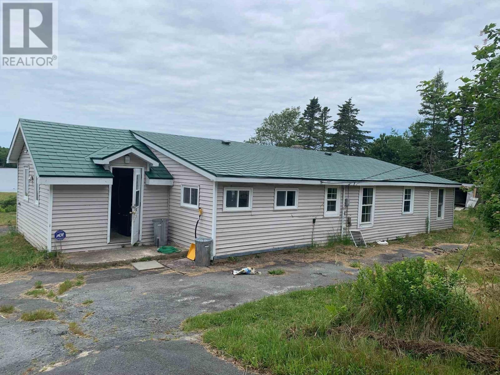 Main Photo: 2029 Eastern Shore Road in West Berlin: House for sale : MLS®# 202117367
