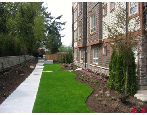 Photo 7: Photos: 106 - 15268 18th Ave in Surrey: King George Corridor Condo for sale (South Surrey White Rock)  : MLS®# F2900245