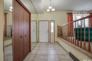 Photo 2: 646 Delaronde Place in Saskatoon: Lakeview SA Residential for sale : MLS®# SK855751