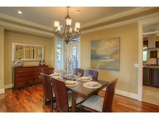 Photo 2: 662 CRYSTAL Court in North Vancouver: Canyon Heights NV House for sale : MLS®# V984105