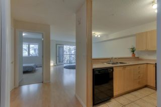 Photo 8: 10403 98 AV NW in Edmonton: Zone 12 Condo for sale : MLS®# E4139496