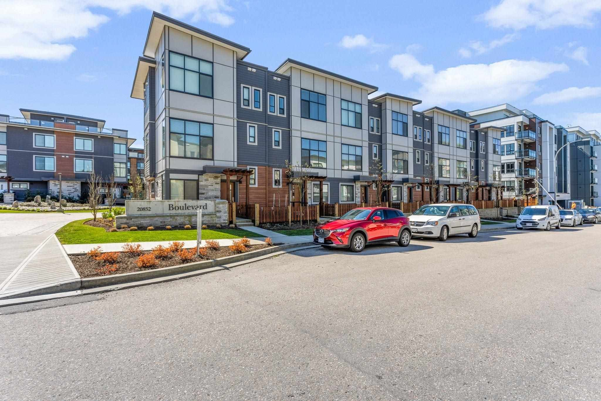 """Main Photo: 36 20852 78B Avenue in Langley: Willoughby Heights Townhouse for sale in """"The Boulevard (South)"""" : MLS®# R2605472"""