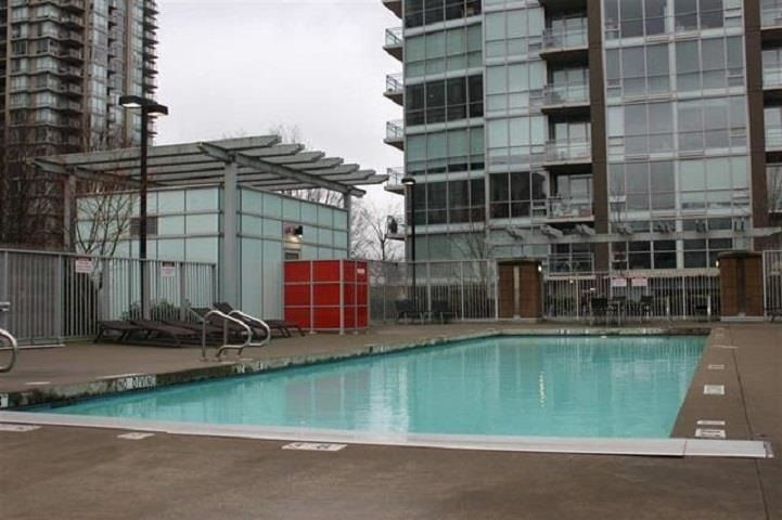 "Main Photo: 2908 2968 GLEN Drive in Coquitlam: North Coquitlam Condo for sale in ""GRAND CENTRAL 2"" : MLS®# R2575089"