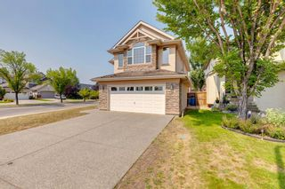 Photo 2: 4 Cranleigh Drive SE in Calgary: Cranston Detached for sale : MLS®# A1134889