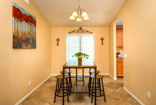 Photo 10: CAMPO House for sale : 3 bedrooms : 1254 Duckweed Trl