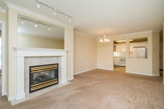 "Photo 5: 402 15350 19A Avenue in Surrey: King George Corridor Condo for sale in ""Stratford Gardens"" (South Surrey White Rock)  : MLS®# R2572893"