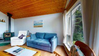"Photo 5: 5549 SANS SOUCI Road in Halfmoon Bay: Halfmn Bay Secret Cv Redroofs House for sale in ""Secret Cove"" (Sunshine Coast)  : MLS®# R2584083"