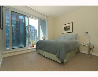 Photo 9: 2003 1233 W CORDOVA Street in Vancouver: Coal Harbour Condo for sale (Vancouver West)  : MLS®# V727596