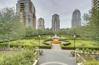 """Photo 17: 2401 6888 STATION HILL Drive in Burnaby: South Slope Condo for sale in """"SAVOY CARLTON"""" (Burnaby South)  : MLS®# R2424113"""