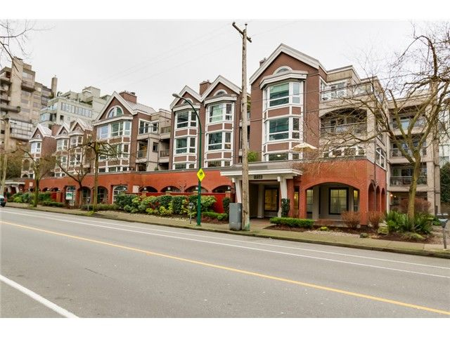 "Main Photo: 207 1738 ALBERNI Street in Vancouver: West End VW Condo for sale in ""ATRIUM ON THE PARK"" (Vancouver West)  : MLS®# V1102014"