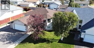 Photo 5: 152 MacKay Crescent in Hinton: House for sale : MLS®# A1108332