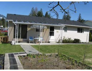 Photo 10: 877 O'SHEA Road in Gibsons: Gibsons & Area House for sale (Sunshine Coast)  : MLS®# V755346