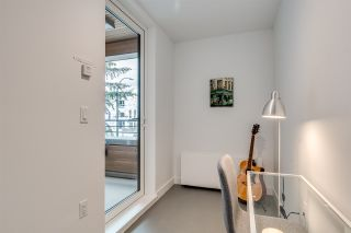 """Photo 14: 201 733 E 3RD Street in North Vancouver: Lower Lonsdale Condo for sale in """"Green on Queensbury"""" : MLS®# R2442684"""