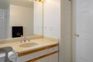 """Photo 7: 223 6820 RUMBLE Street in Burnaby: South Slope Condo for sale in """"GOVERNOR'S WALK"""" (Burnaby South)  : MLS®# R2278419"""