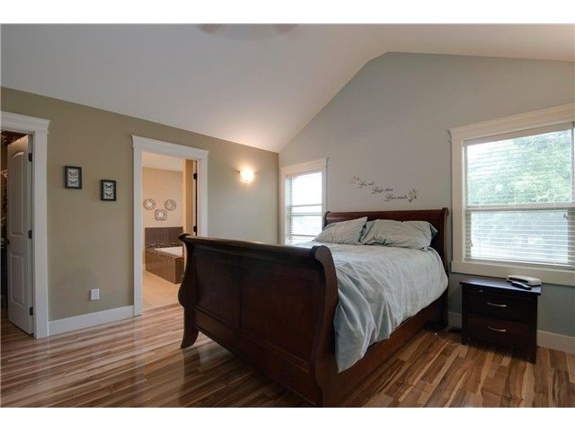 """Photo 11: Photos: 16418 11A Avenue in Surrey: King George Corridor House for sale in """"SOUTH MERIDIAN"""" (South Surrey White Rock)  : MLS®# F1312096"""