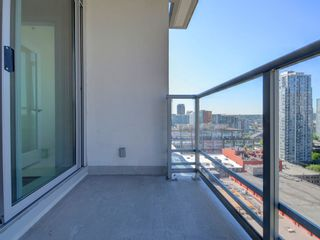 "Photo 14: 1306 821 CAMBIE Street in Vancouver: Downtown VW Condo for sale in ""RAFFLES ON ROBSON"" (Vancouver West)  : MLS®# R2186091"