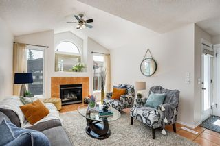 Photo 3: 356 Prestwick Heights SE in Calgary: McKenzie Towne Detached for sale : MLS®# A1131431