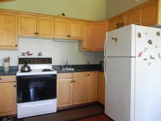 Photo 11: 11 SOUTH CREEK Crescent in Belair: Lester Beach Residential for sale (R27)