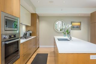 """Photo 4: 202 988 KEITH Road in West Vancouver: Park Royal Condo for sale in """"EVELYN"""" : MLS®# R2543771"""