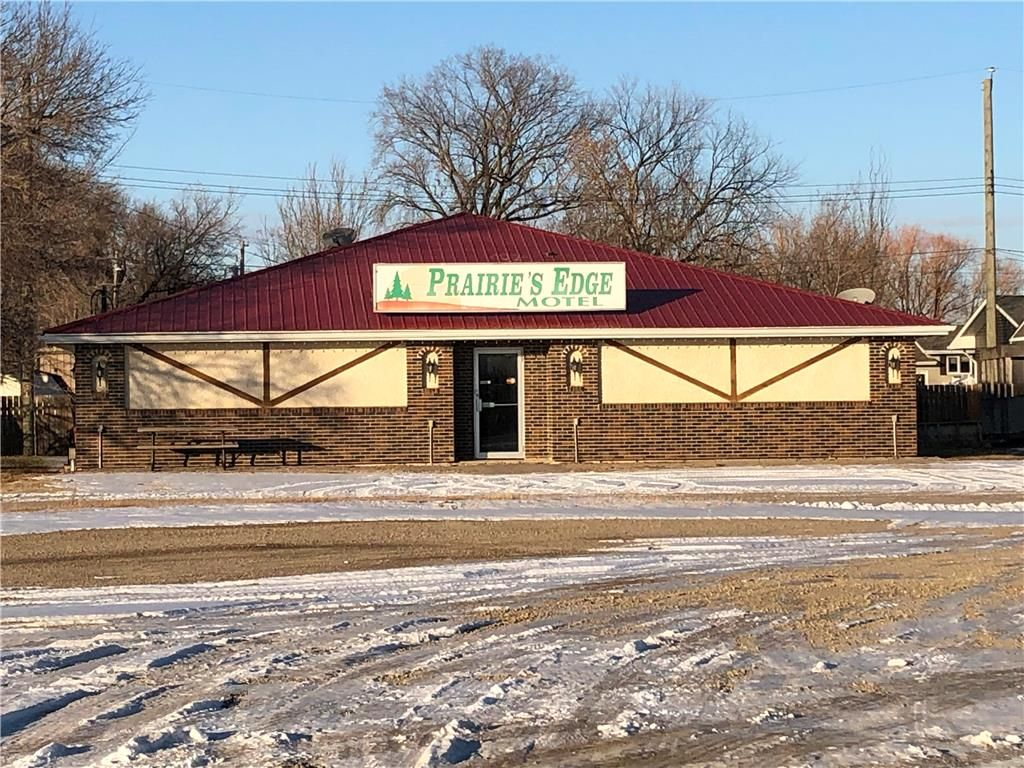 Photo 5: Photos: 21 2 Avenue in Letellier: Industrial / Commercial / Investment for sale (R17)  : MLS®# 202028281