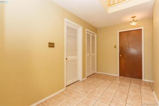 Photo 3: 1614 Mileva Lane in VICTORIA: SE Gordon Head House for sale (Saanich East)  : MLS®# 797213