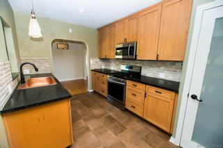 Photo 7: SAN DIEGO House for sale : 2 bedrooms : 5848 VALE WAY