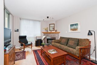 """Photo 3: 311 1978 VINE Street in Vancouver: Kitsilano Condo for sale in """"THE CAPERS BUILDING"""" (Vancouver West)  : MLS®# V954905"""