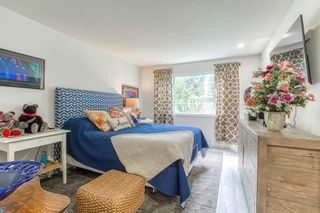 "Photo 11: 1005 9147 154 Street in Surrey: Fleetwood Tynehead Townhouse for sale in ""LEXINGTON"" : MLS®# R2463634"