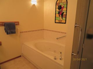 Photo 22: 24 Shannon Estates Terrace SW in Calgary: Shawnessy Row/Townhouse for sale : MLS®# A1102178