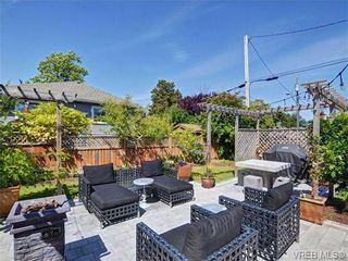 Photo 4: 2194 Bartlett Ave in VICTORIA: OB South Oak Bay House for sale (Oak Bay)  : MLS®# 704186