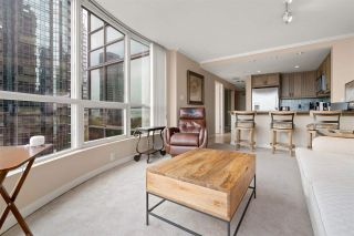 Photo 8: 702 588 BROUGHTON STREET in Vancouver: Coal Harbour Condo for sale (Vancouver West)  : MLS®# R2575950