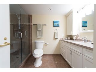"""Photo 16: 911 1450 PENNYFARTHING Drive in Vancouver: False Creek Condo for sale in """"HARBOUR COVE"""" (Vancouver West)  : MLS®# V1045664"""