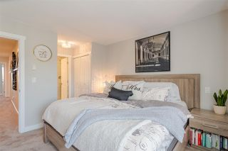 """Photo 12: #4 18211 70 Avenue in Surrey: Cloverdale BC Townhouse for sale in """"Augusta Walk"""" (Cloverdale)  : MLS®# R2453483"""