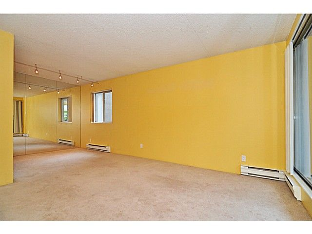 Photo 9: Photos: 204 110 W 4TH STREET in : Lower Lonsdale Condo for sale : MLS®# V1070912