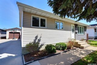 Photo 1: 1414 Lacroix Crescent in Prince Albert: Carlton Park Residential for sale : MLS®# SK856688