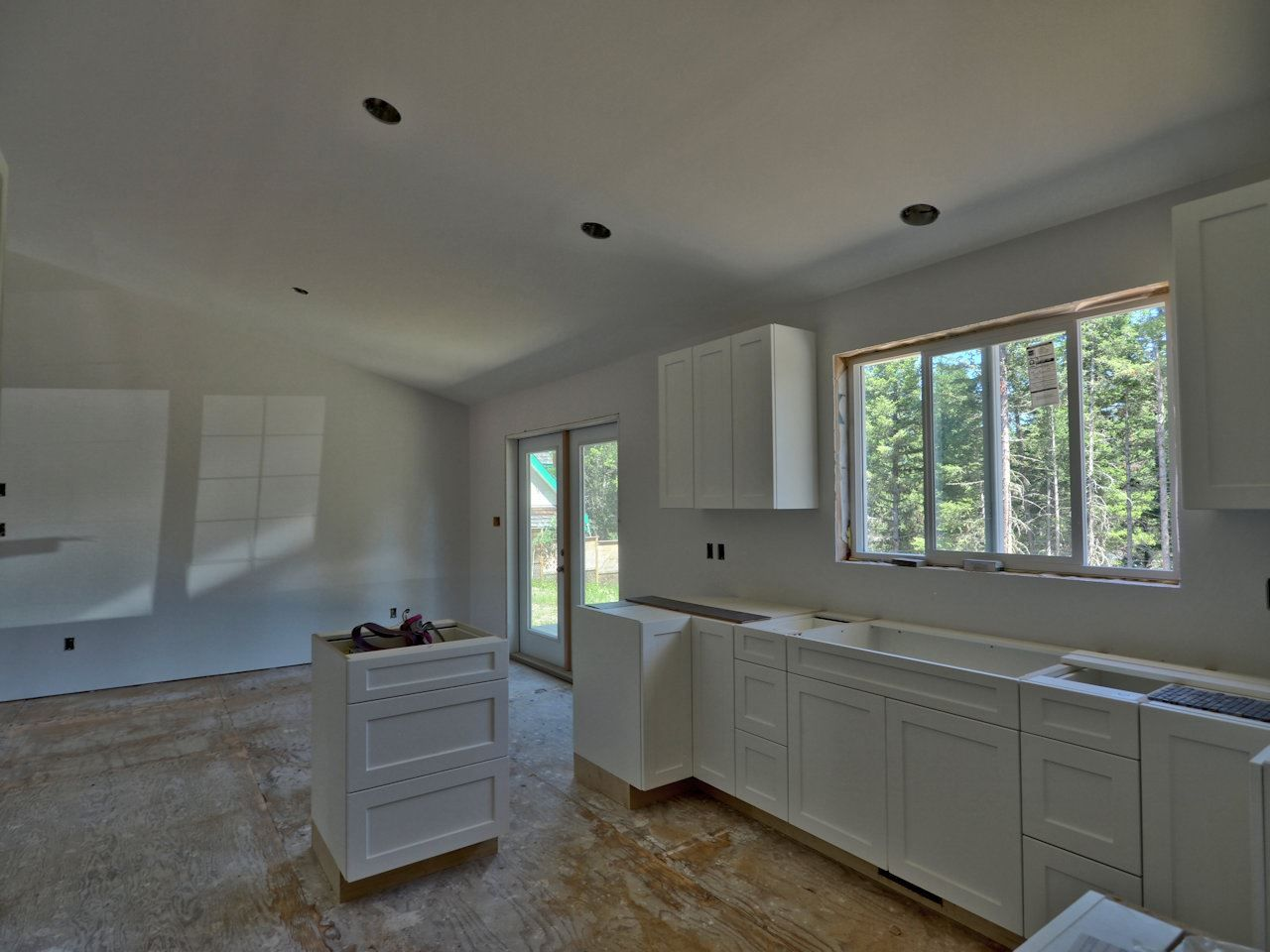 Photo 7: Photos: 5007 KYLLO Road in 108 Mile Ranch: 108 Ranch House for sale (100 Mile House (Zone 10))  : MLS®# R2464127